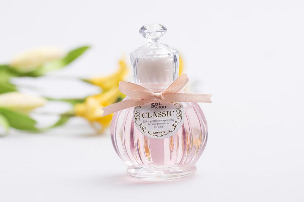 6 truques para fazer o perfume durar mais tempo na pele.