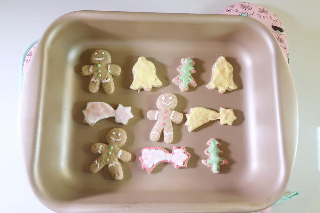 Receita fácil e divertida de biscoito de natal decorado.
